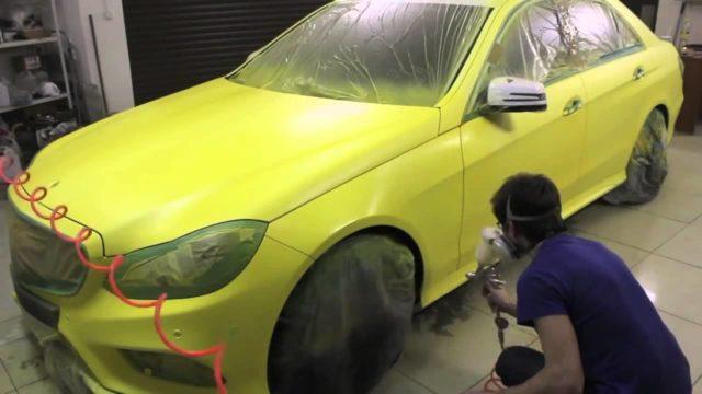 В то время, как грунтовка и шпаклёвка будут скрыты, именно краска становится настоящим лицом машины и свидетельством качества проведения всех работ