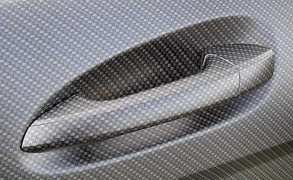 Оклейка карбоновой пленкой 3d