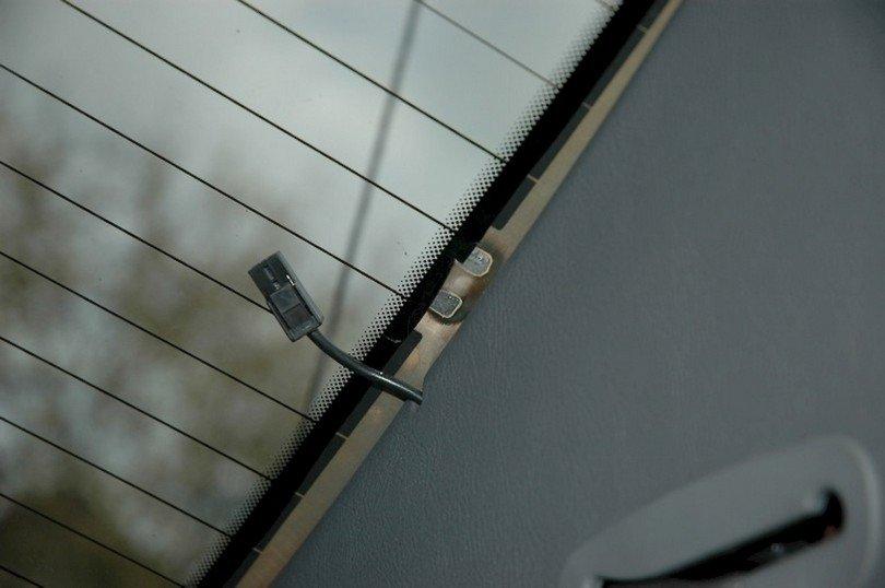 Как починить обогрев заднего стекла своими руками